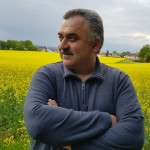 كتب الزميل  Jehad Hasan .. كم جميلٌ  أن نعيش وقلوبنا كلّها خيرٌ وعطاءٌ ..