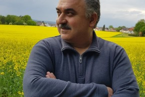 كتب  Jehad Hasan .. قدرنا .. أن نعيش في غربةٍ بعيدًا عن الأهل والأصدقاء ..